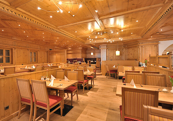 Restaurant - 4-Sterne Wellnesshotel in Cham
